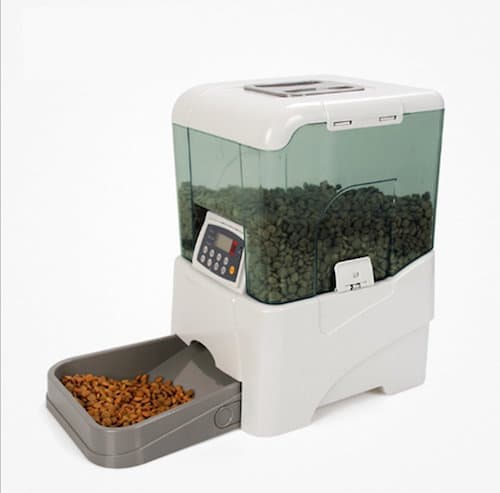eTTg Automatic Food Dispenser With Voice Recorder and Programmable Timer