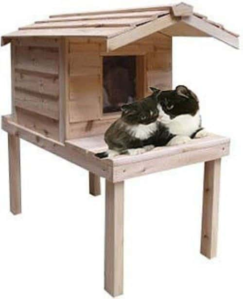 CozyCatFurniture Insulated Cedar Outdoor Cat House