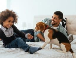 27 Vets & Pet Professionals Share the Best Dog Breeds for Kids